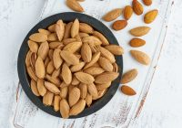 almonds and gout